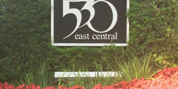 530 E Central Sign